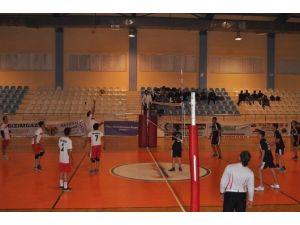Korkuteli'de Ortaokul Ve Liselerarası Voleybol Şampiyonası