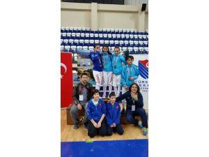 Minik Eskrimciler Antalya'da Da Kürsüye Çıktı