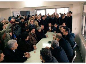Başkan Mustafa AK, Yanan Pazar Yerinde İncelemelerde Bulundu