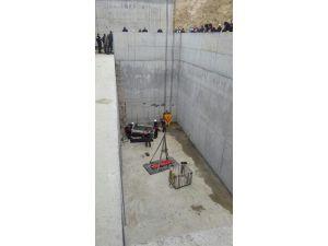 Merdivenden Beton Zemine Düşen İşçi Hayatını Kaybetti
