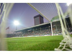 Bursaspor, şampiyonluk yaşadığı Atatürk Stadı'na veda ediyor