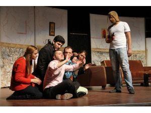 Bozok Üniversitesi Üniversiteler Arası Tiyatro Festivaline Ev Sahipliği Yapacak