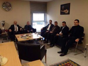 AK Parti İl Başkanı Tanrıver Ve Yönetim Kurulu Üyeleri'nden Telekom Müdürü Yapar'a Nezaket Ziyareti