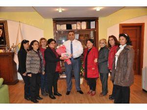 Tarsus Kadınlar Derneği'nden Ve Tasobder'den Başkan Can'a Ziyaret