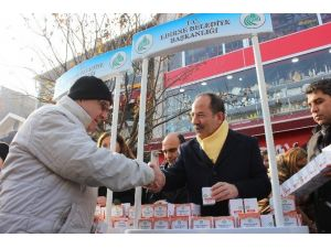 Edirne Belediyesi'nden Vatandaşlar Kandil Simidi İkramı
