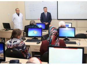 Elazığlı Kadınlar Bilgisayar Öğreniyor