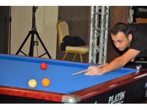 3 Bant Bilardo Şampiyonası Final Etabı, Kırşehir'de törenle başladı
