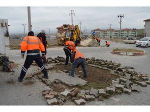 Adnan Menderes Caddesi'nde Alt Yapı Çalışması