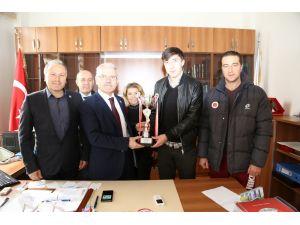 Bozok Üniversitesi futbol takımı 3. oldu