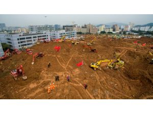 Çin'de heyelan: Kayıp sayısı 76'ya indi