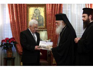 Abbas, Atina Başpiskoposu'nu ziyaret etti
