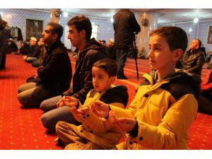 Mevlit Kandili'nde Diyarbakır'da camiler büyük ölçüde boş kaldı
