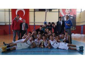 Ortaokullar Basketbolda Şampiyon Yamanlar Oldu