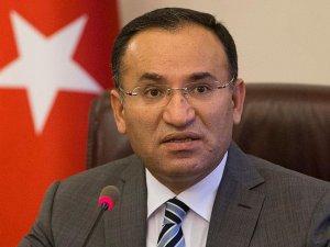 Adalet Bakanı Bozdağ: Gülen ile ilgili kırmızı bülten talebi bakanlığımıza ulaştı