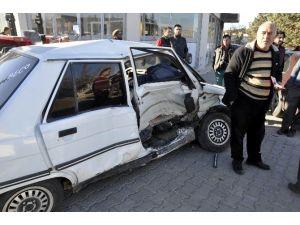 Kahta'da Kaza: 3 Yaralı