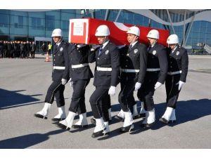 Tokatlı Şehit Özel Hareket Polisin Cenazesi Sivas'a Getirildi