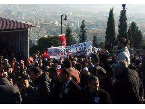 Kubilay'ı anma törenine 'yolsuzluk' pankartı damga vurdu