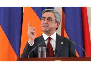 Sarkisyan'ın makam uçağını havaya uçuracaklardı iddiası