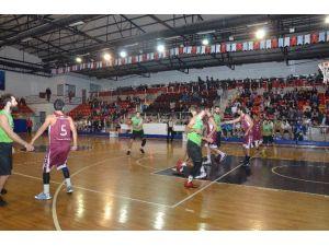 Basketbol Takımı Son Üç Maça Kilitlendi