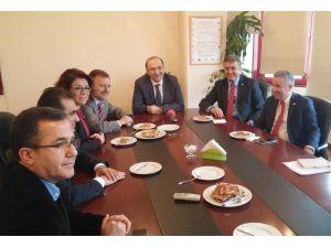 CHP heyetinden Türk Tabipler Birliği'ne ziyaret