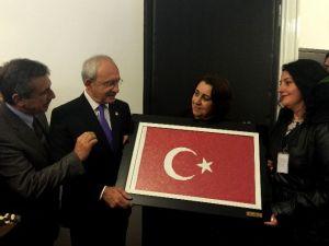 Beldeevi Kursiyerleri CHP Kılıçdaroğlu'nu Ziyaret Etti