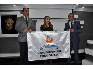 Antalya'da gıda güvenliği toplantısı yapıldı