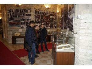 Demokrasi Müzesi'nde Ders