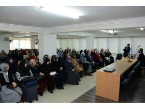 AK Parti Kadın Kollarından Mevlit Kandili Programı