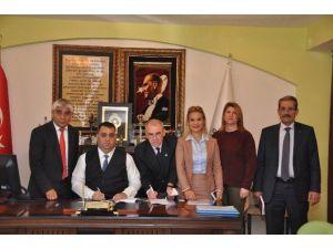 Tarsus Belediyesi'nde Toplu Sözleşme İmzalandı