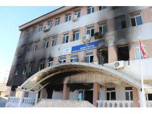 YDG-H'lılar Bir Kez Daha Kamu Binasına Saldırdı