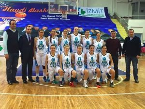 İzmit Belediyespor Bayan Basketbol Takımı Zorlu Deplasmanda