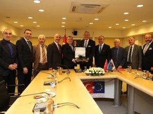 """AB Bakanı Volkan Bozkır: """"1 Ekim'de vizeler kalkacak"""""""