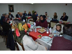 Karaman Emniyeti'nden Şehit Ve Görev Malulü Polis Alilerine Yemek