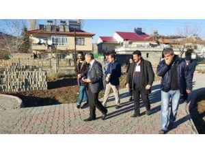 Başkan Özdemir, Botanik Parkta İnceleme Yaptı