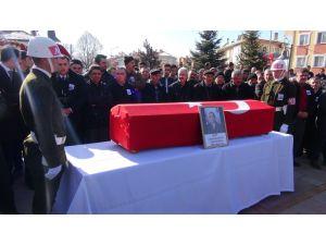 Şehit askerin cenaze namazını imam kardeşi kıldırdı