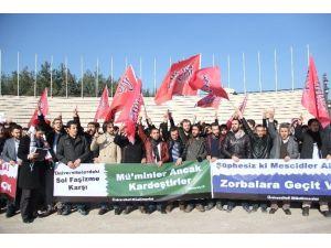 ODTÜ'deki 'Namaz' Saldırısına Bursalı Öğrencilerden Tepki