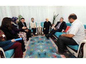2 Yaşındaki Sma Hastası Fatma Gül'e Valilik Desteği