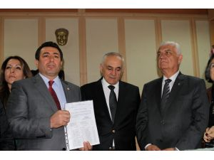 CHP Muğla İl Başkanı Alban mazbatasını aldı