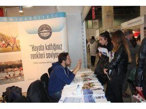 Khas Üniversitesi Educaturk'te Öğrencilerle Buluştu