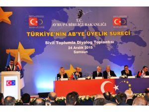 AB Bakanı Bozkır: Ekim 2016'da AB'ye vizesiz gidişler başlayacak