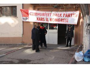 CHP'de Aras, il başkanı seçildi