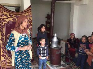 Suriyeli Annenin 9 Çocukla Yaşam Savaşı