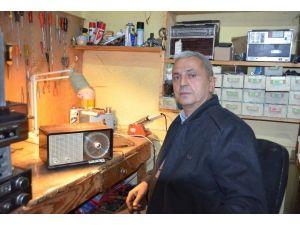 Antika Merakı Emekli Polis Memuruna Sergi Açtırdı