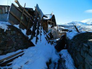 Posof'ta Fırtınanın Kalıntıları Duruyor