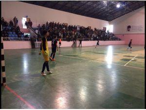 Futsala Yoğun İlgi