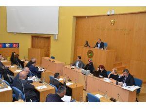Düzce Belediye Meclisi 2015 Yılını 580 Kararla Kapattı