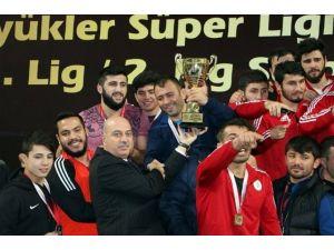 Gençlik Spor Kulübü Güreş Takımı Süper Lig'e Yükseldi