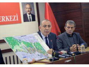 Gürsel Tekin: AKP döneminde cami alanları ranta açıldı