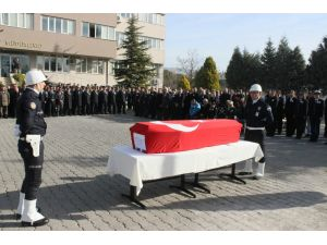 Kazada şehit olan polis memuru memleketi Elazığ'a uğurlandı