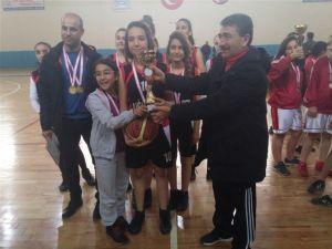 Okullar Arası Yıldızlar Basketbol Müsabakaları Sona Erdi